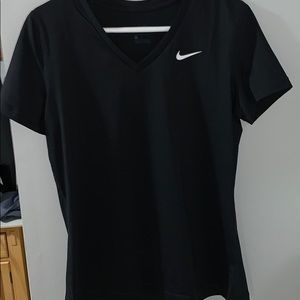 Black nike dryfit shirt